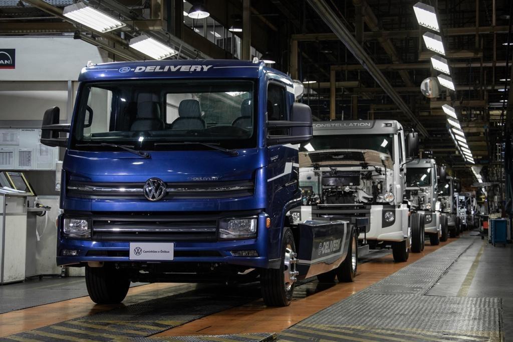 Imagem de caminhões elétricos