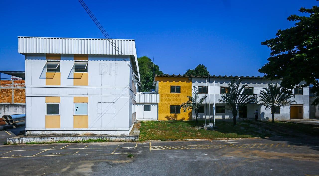 antigo prédio da Delegacia de Homicídios da Baixada Fluminense