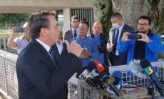 Bolsonaro critica Witzel por causa de decreto: 'Parece que o Rio de Janeiro é um outro país'