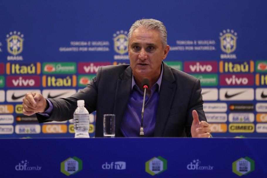 Técnico Tite em entrevista coletiva pela Seleção Brasileira