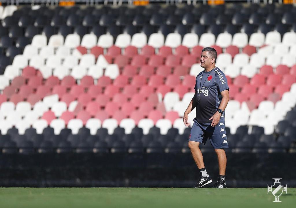 Marcelo Cabo no treino do Vasco