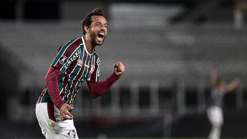 Nenê comemora gol em cima do River Plate