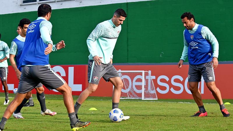 Nino, Fred e Nenê no treino do Fluminense