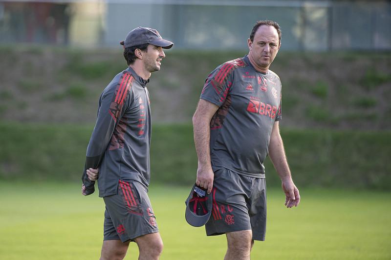 Rogério Ceni comanda treino no Flamengo