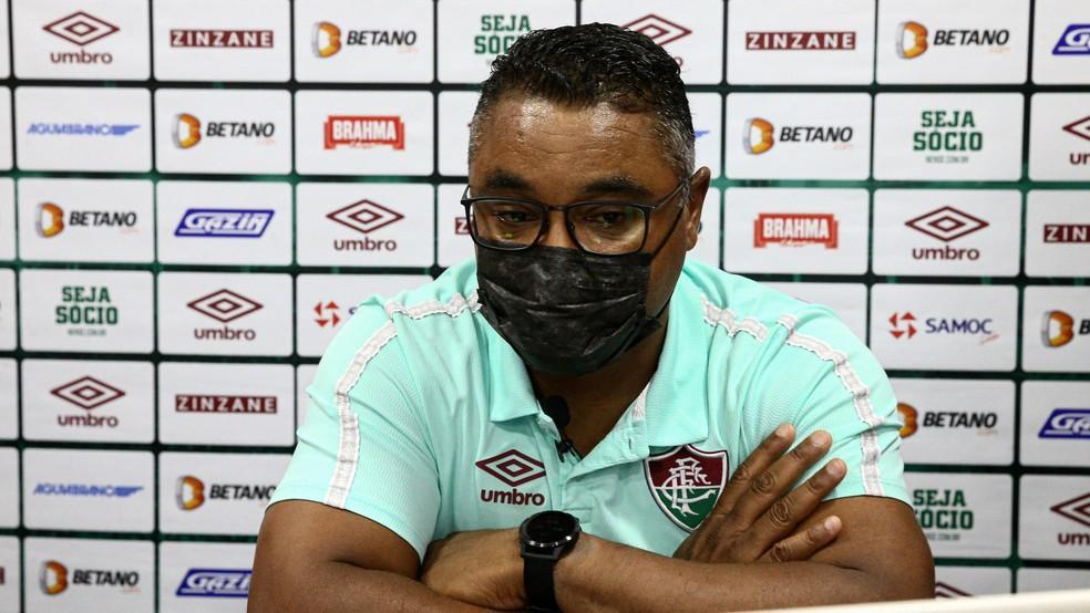 Técnico Roger Machado, do Fluminense, durante entrevista coletiva