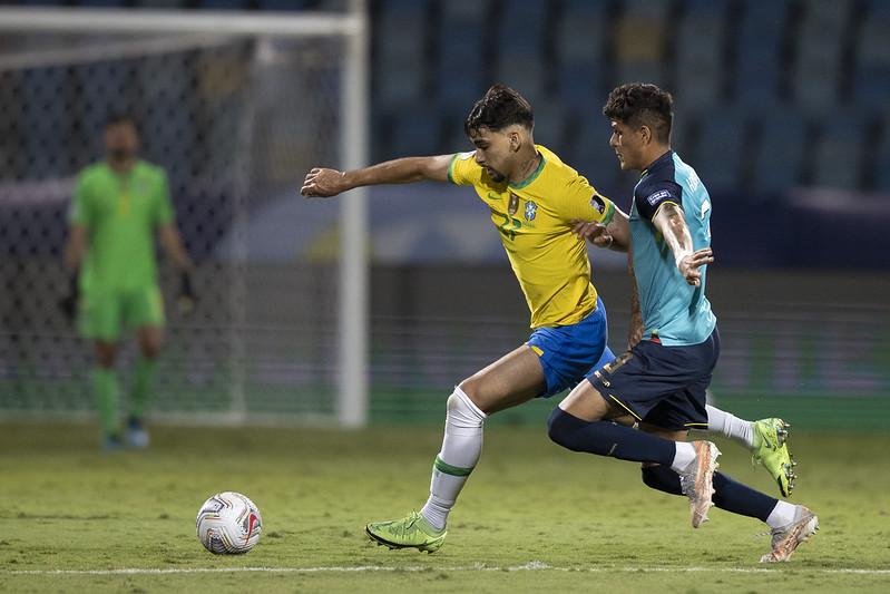 Brasil fica só no empate com o Equador pela Copa América