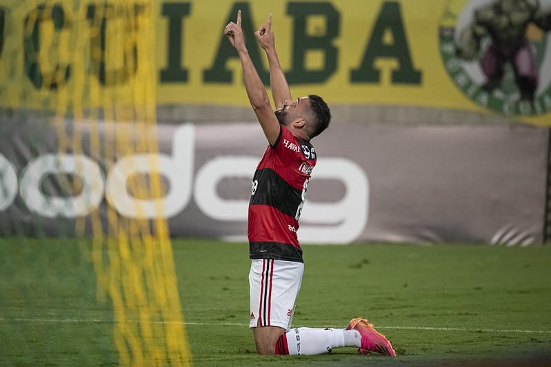 Thiago Maia em ação pelo Flamengo