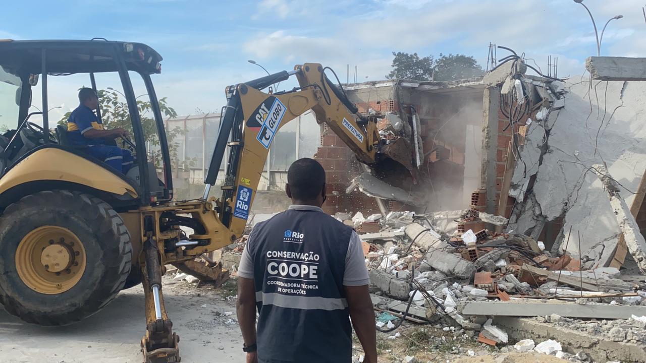imagem de uma demolição