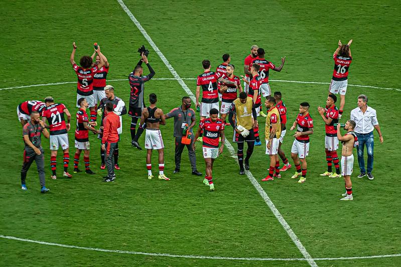 Jogadores do Flamengo receberam vacinas contra a Covid-19