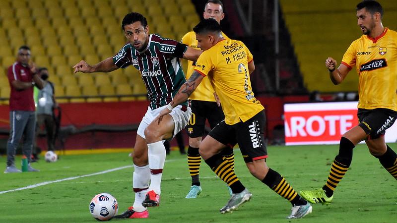 Fluminense peca nas finalizações, empata com o Barcelona-EQU e está eliminado da Libertadores
