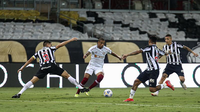 Fluminense perde novamente para o Atlético-MG e está eliminado da Copa do Brasil