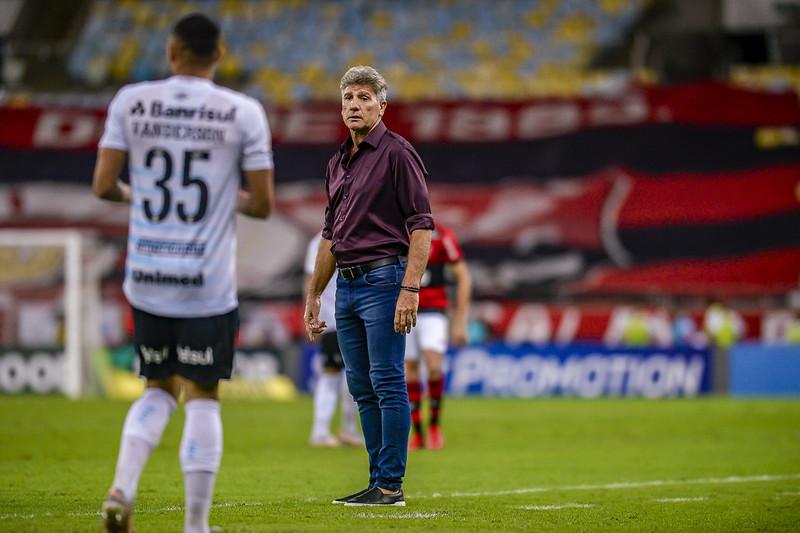 Renato Gaúcho minimizou a derrota para o Grêmio