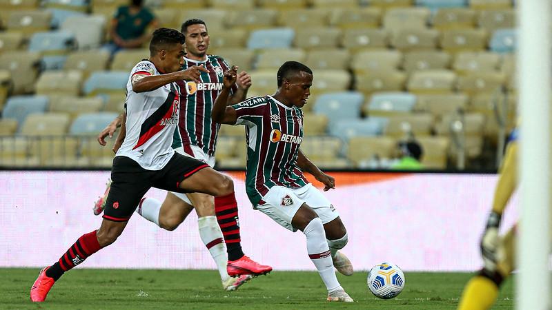Fluminense fica apenas no 0 a 0 com o Atlético-GO pelo Campeonato Brasileiro