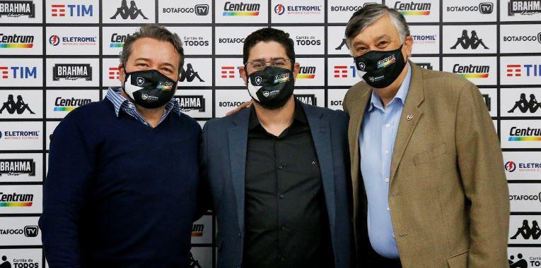 Lênin Franco é apresentado no Botafogo como novo diretor de negócios