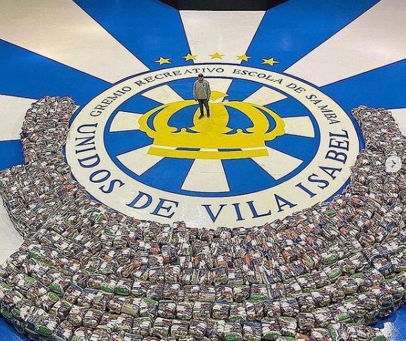 Vice-presidente da Vila, Luis Guimarães, promoveu ação social para comemorar aniversário. Foto: Reprodução Instagram