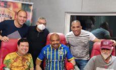 Compositores campeões de samba-enredo são recebidos com festa no Botequim do Mister