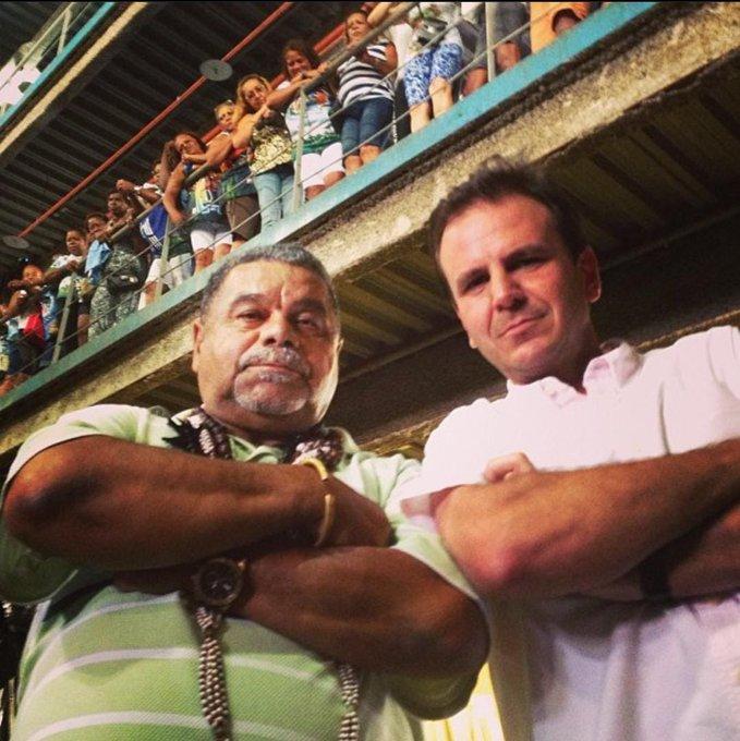 Imagem do prefeito com o Laíla