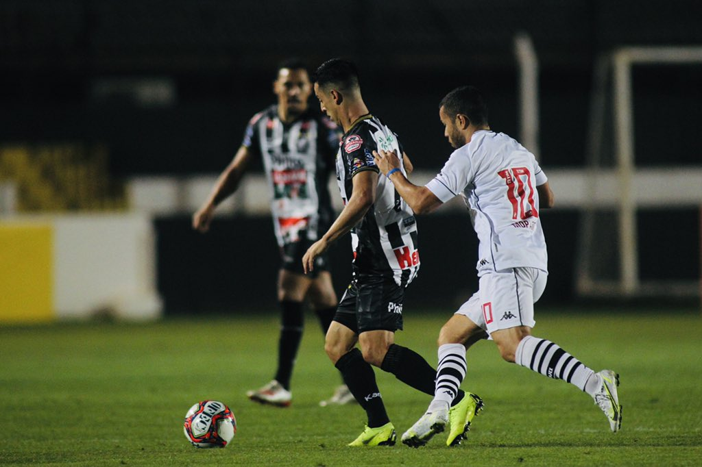 Vasco falha de novo na defesa e perde por 2 a 0 para o Operário-PR pela Série B