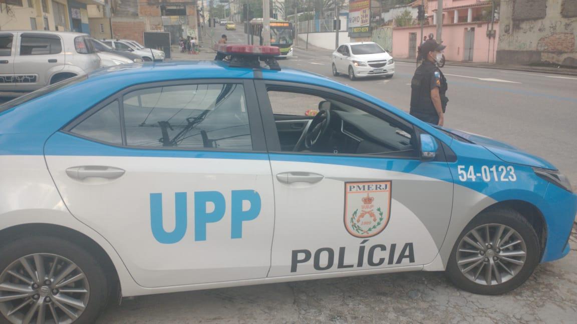 viatura e policial