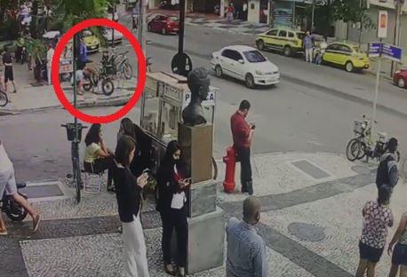 Homem branco é preso acusado de furtar bicicleta no Leblon