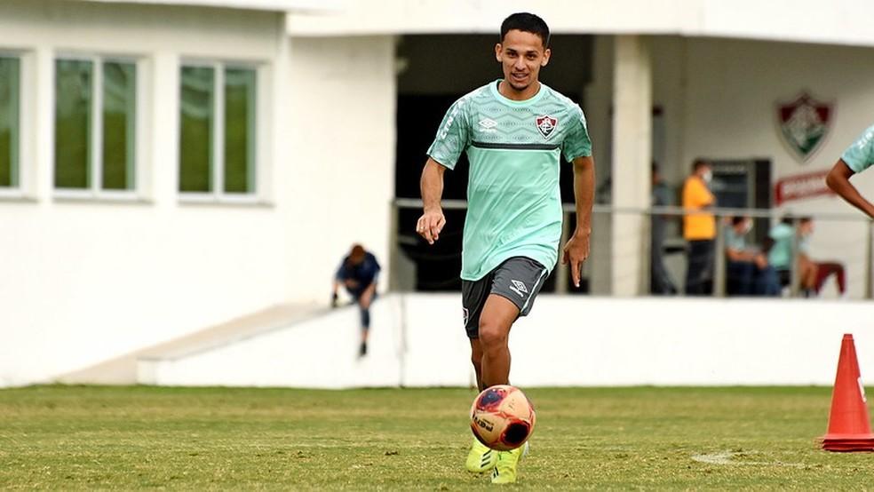 Gabriel Teixeira do Fluminense treinando no CT Carlos Castilho