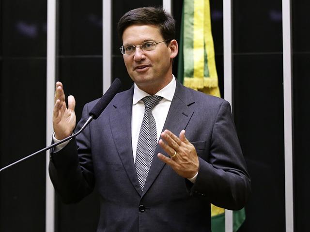 Imagem do ministro João Roma Neto