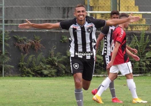 Juninho comemorando gol Botafogo