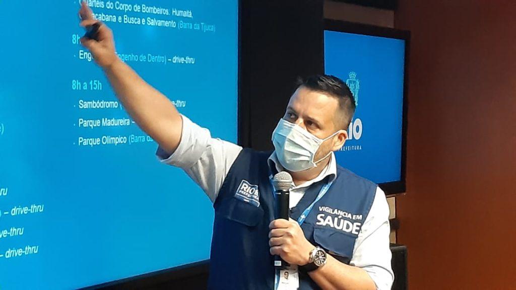 Imagem do Superintendente em Vigilância e Saúde Márcio Garcia, na divulgação do boletim epidemiológico