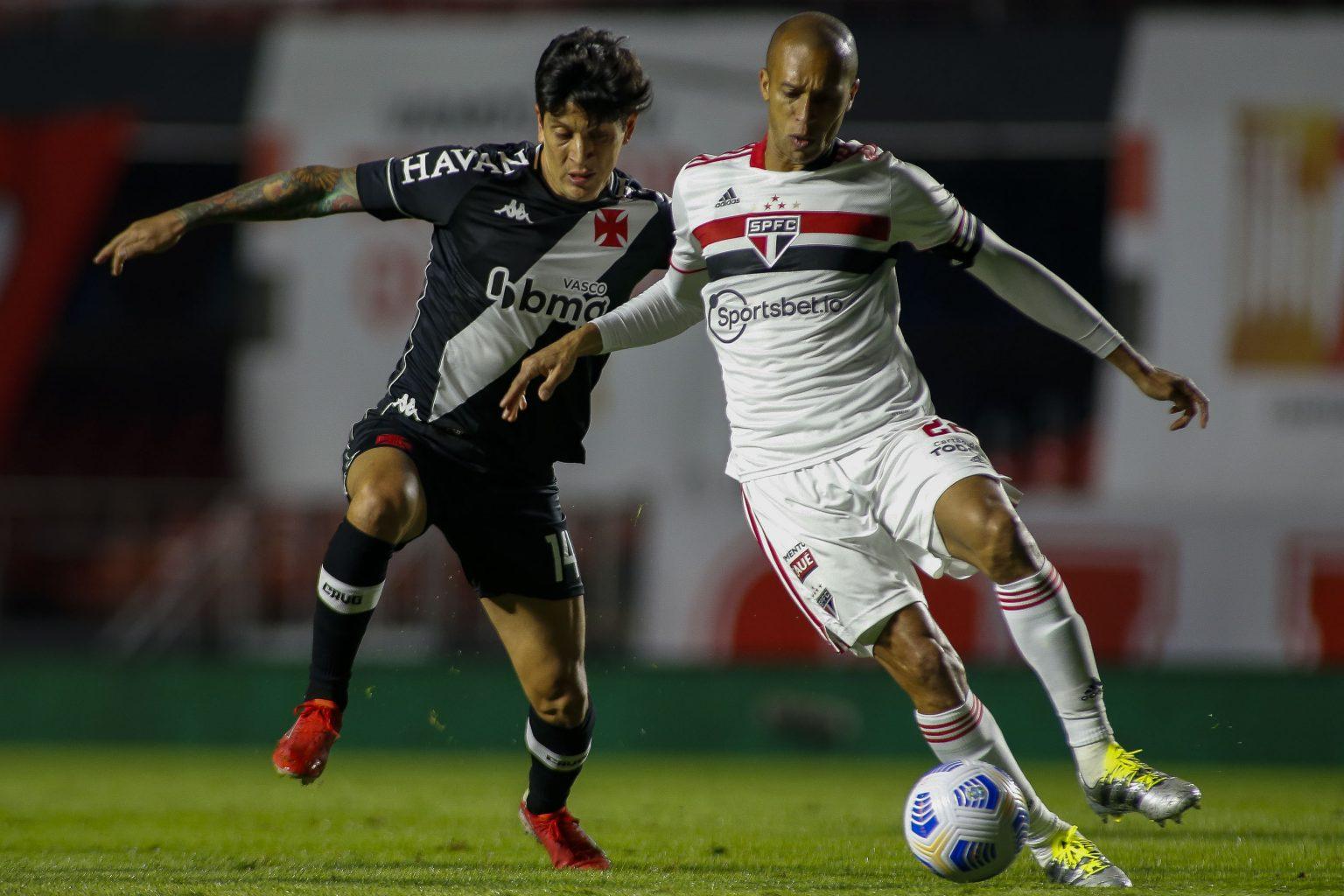 Vasco perde por 2 a 0 para o São Paulo pelo jogo de ida das oitavas de final da Copa do Brasil