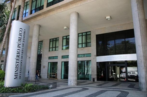 Na imagem, entrada do Ministério Público