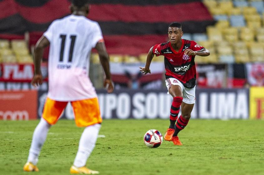 Max vai reforçar o Cuiabá na sequência da temporada