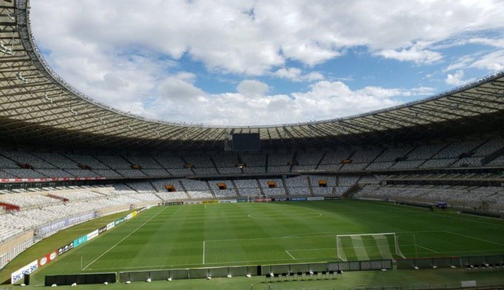 Prefeitura de Belo Horizonte autoriza, com restrições, volta da torcida aos estádios