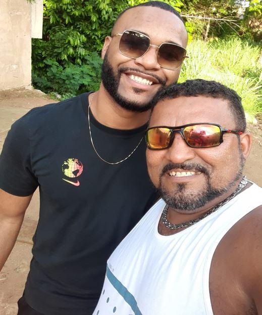 Na foto, Igor com o pai Marcos Antonio
