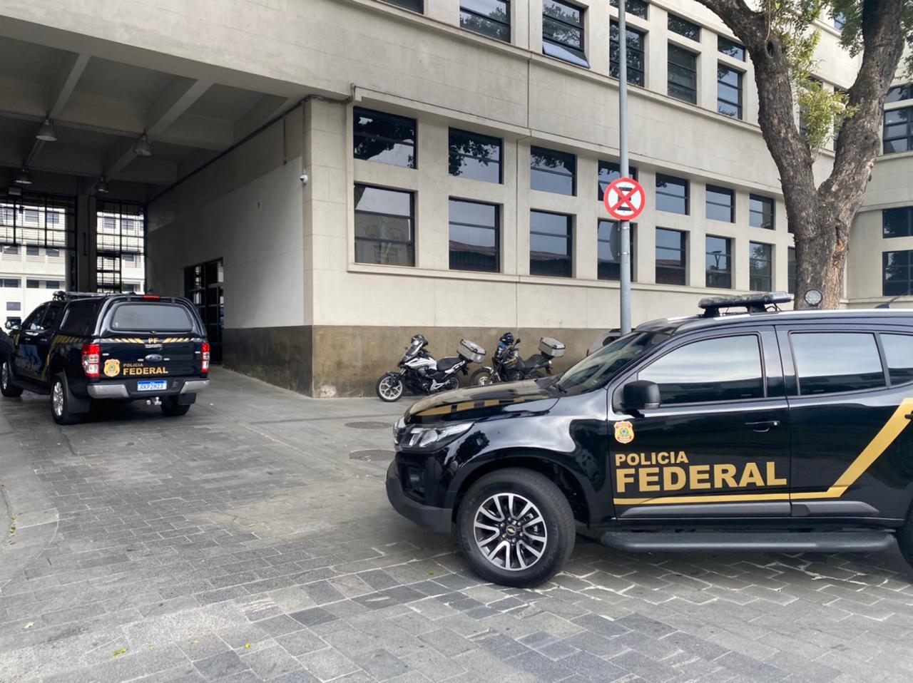 Operação da PF mira em empresários acusados de fraude em contratos com a UFRJ