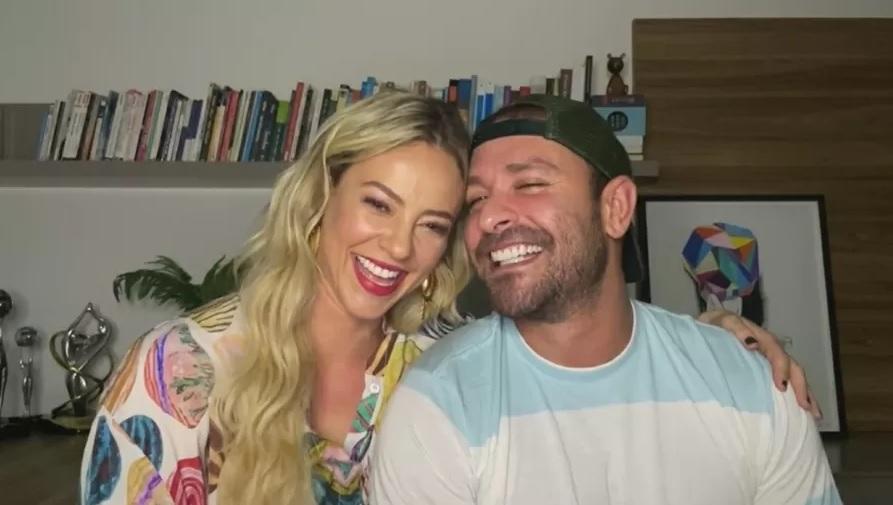 Paolla Oliveira e Diogo Nogueira abraçados