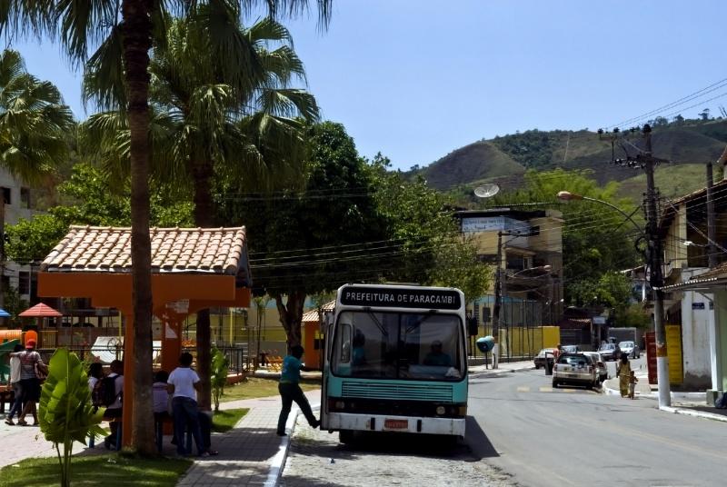 Movimentação em rua de Paracambi