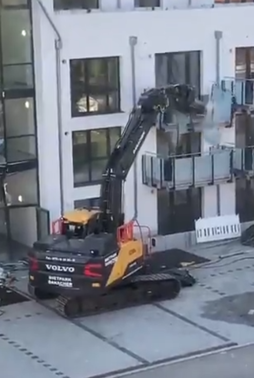 Prédio Destruído na Alemanha