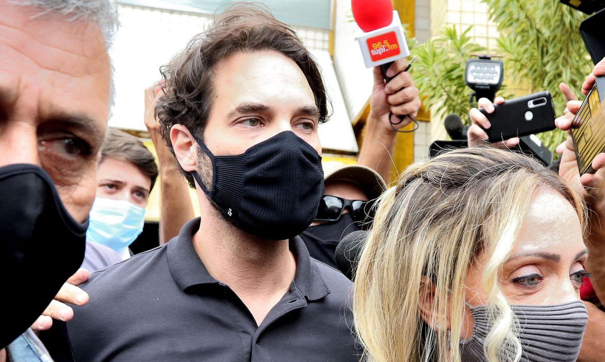 Doutor Jairinho, vereador carioca sendo preso pela morte do enteado de 4 anos