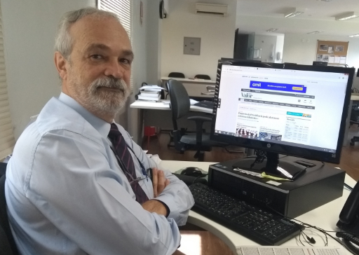 Jornalista Ribamar Oliveira morre vítima de covid-19