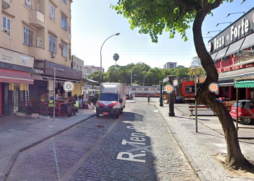 Rua Tenente Cerqueira Leite, no bairro do Méier