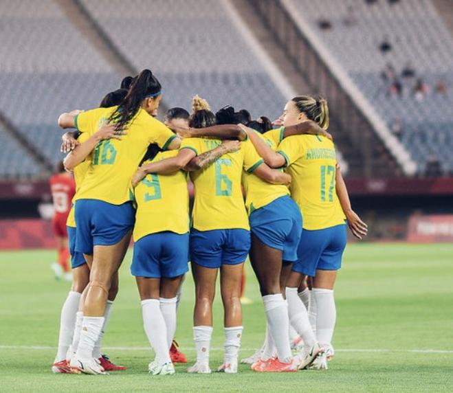 Meninas são eliminadas após derrota nas penalidades