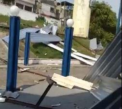 Telhado de escola cai na Zona Norte do Rio