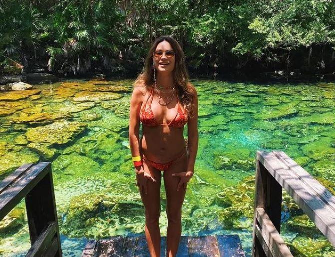 Thaila Ayala curte viagem no México