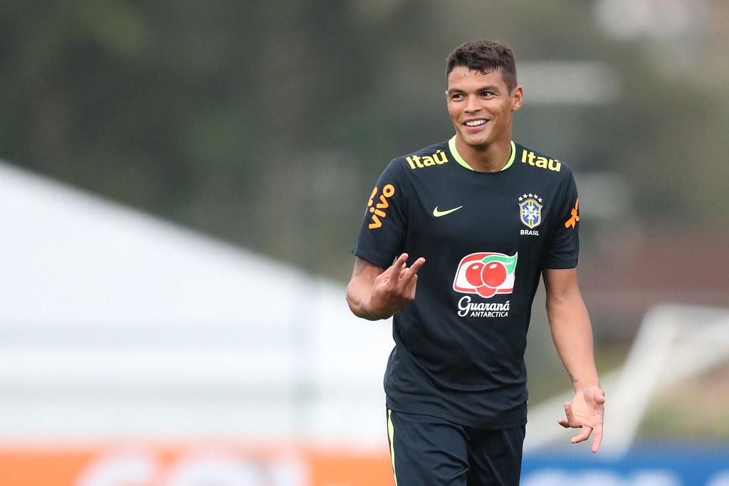 Thiago Silva com a camisa da Seleção Brasileira