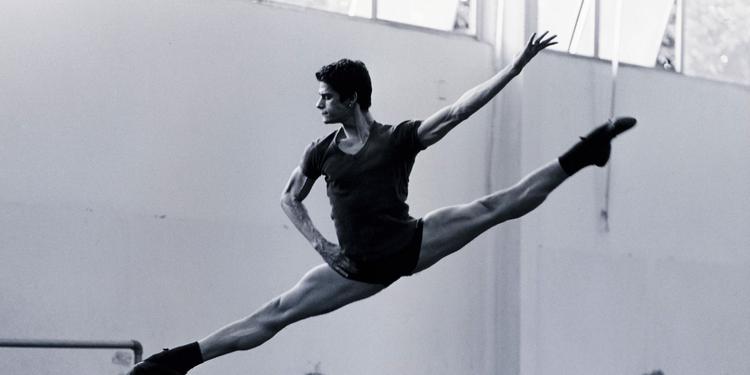 O bailarino Thiago Soares (Divulgação)