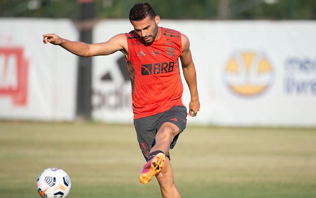 Thiago Maia em treino pelo Flamengo
