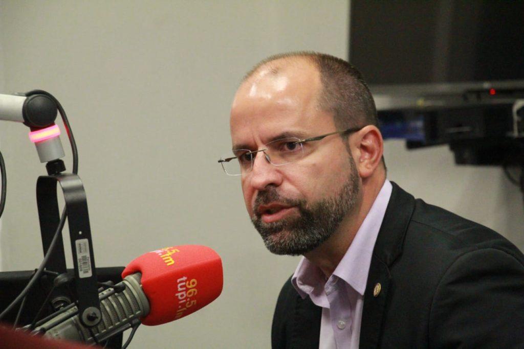 Imagem do vereador Vitor Hugo