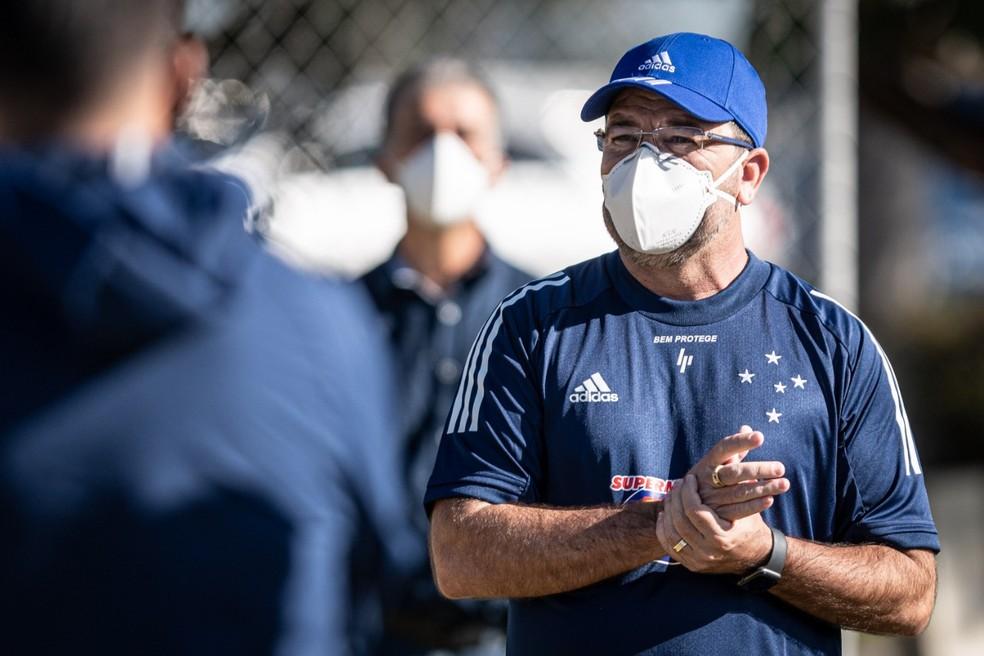 Enderson Moreira é o novo treinador do Botafogo