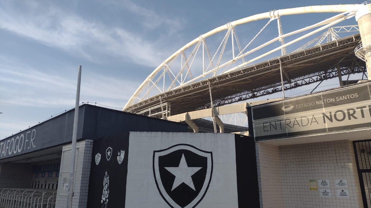 Imagem do estádio.