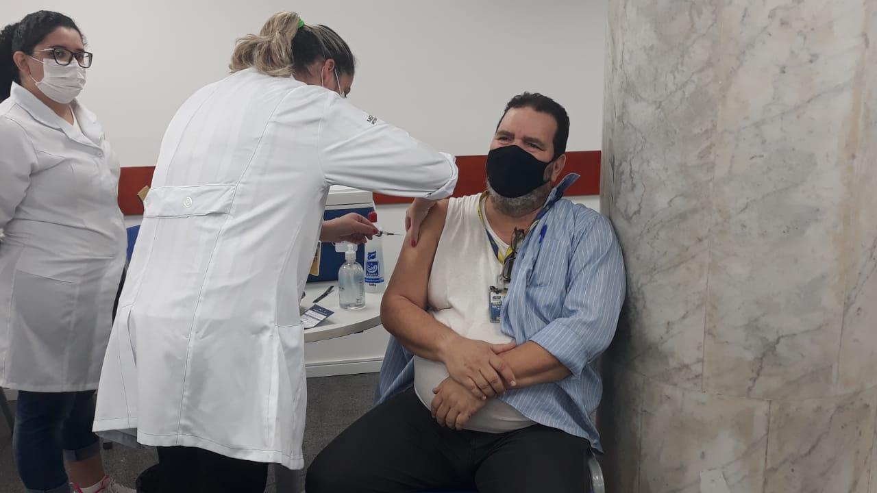 Vacinação dos aeroportuários